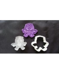 image: Giggle & Hoot the Owl cutter with embossing plunger stamp
