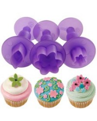 image: Wilton Flower and Leaf Mini Fondant Cut-Outs ejector plunger cut