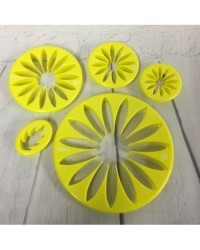image: Gerbera or sunflower flower & leaf set 5 cutters