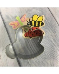 image: Bumblebee or Bee cookie cutter #2