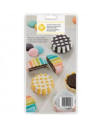 Dots and stripes cookie chocolate mould (insert oreo cookie)