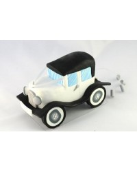 Wedding car cake topper with tin cans behind