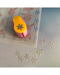 Wafer paper metal punch Blossom Daisy flower 25mm