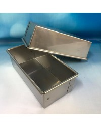 Small loaf pan for bread and cakes