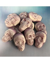 Skulls filled gummy candy