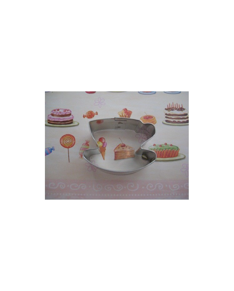 image: Tea cup cookie cutter small