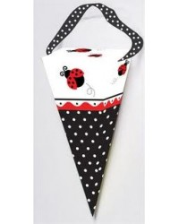 image: Ladybug cone shape treat box (6)