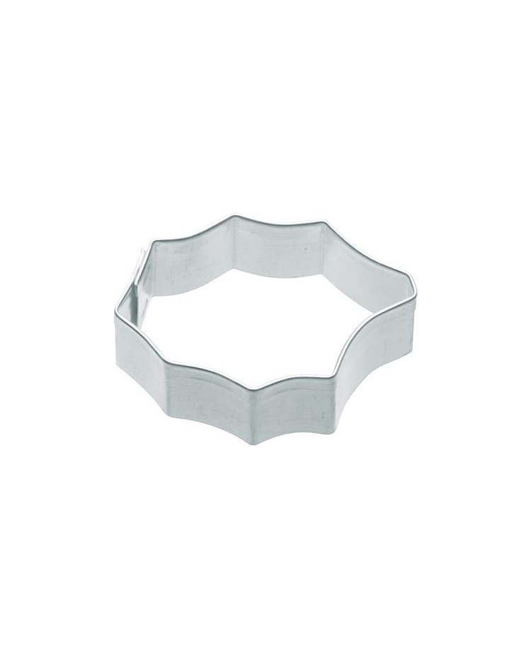 image: Stainless Steel miniature Holly cutter 5cm