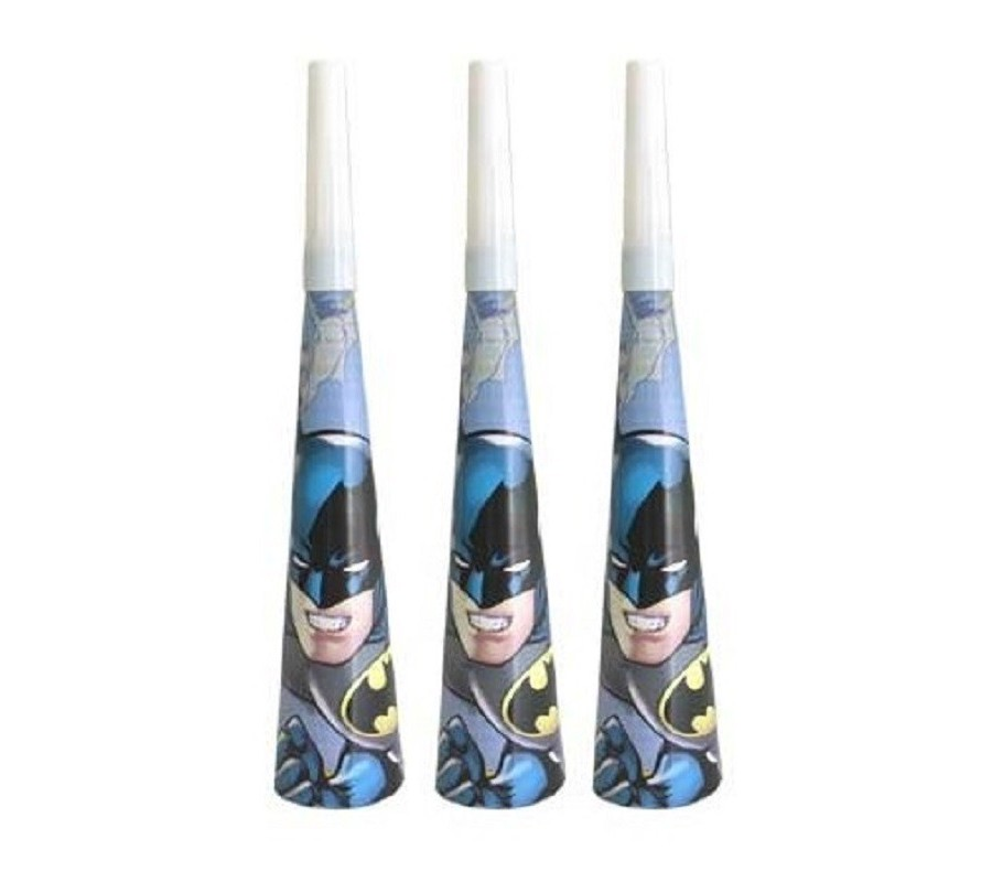 Batman cake decorating and party supplies.