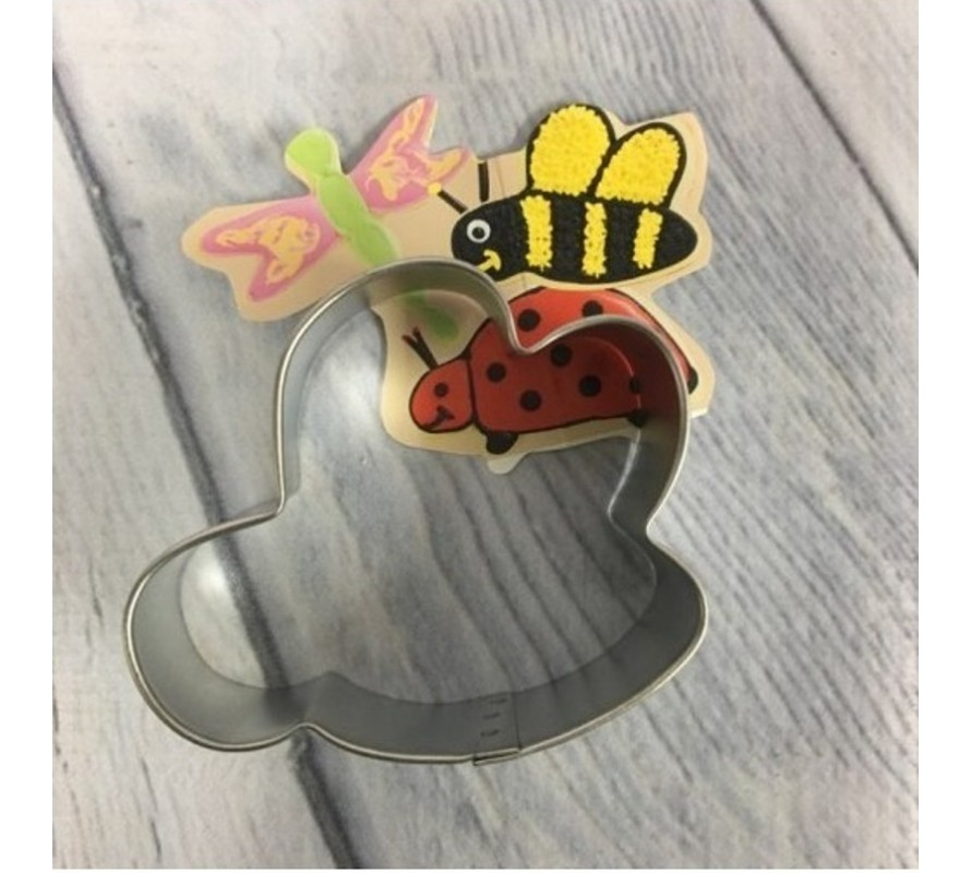 Animal & bug shaped cookie cutters