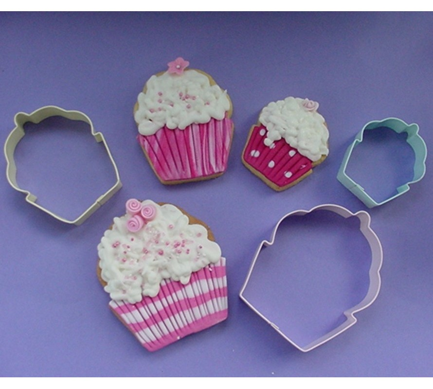 Cake & Cupcake shaped cookie cutters