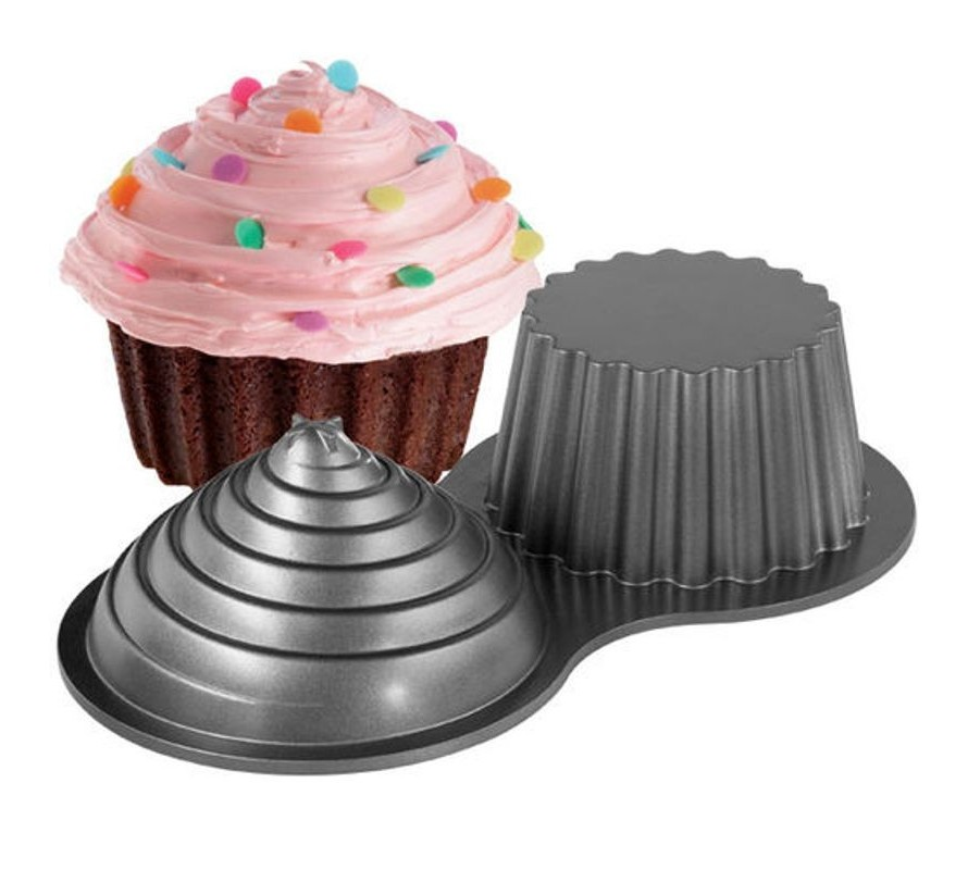 Heirloom Wilton Dimensions cake pans
